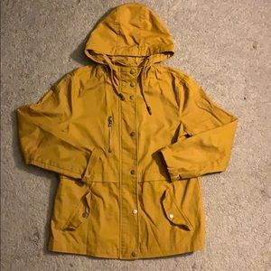 Yellow buttoned jacket